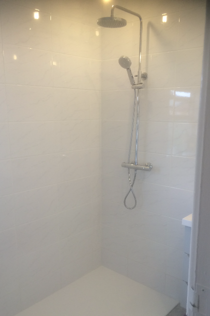 New bathroom by GRT Heating & Gas Services of Staines